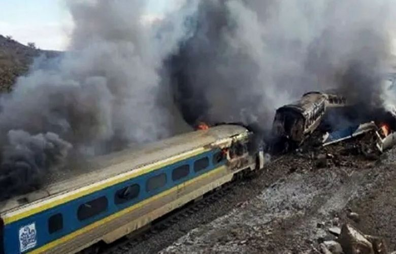 Five killed, others injured in Iran train accident