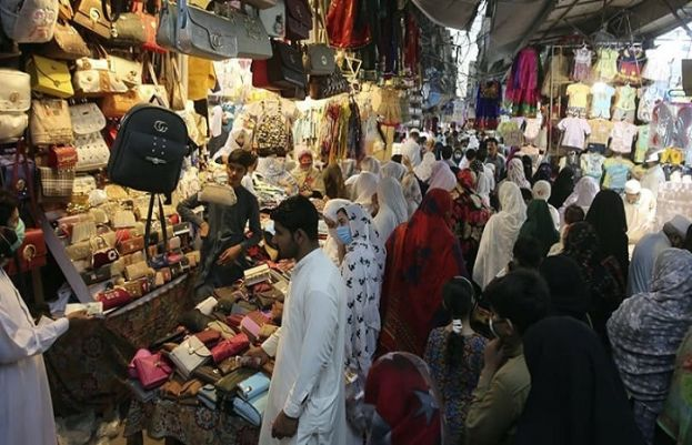 Sindh govt allows businesses to remain open till 10 pm