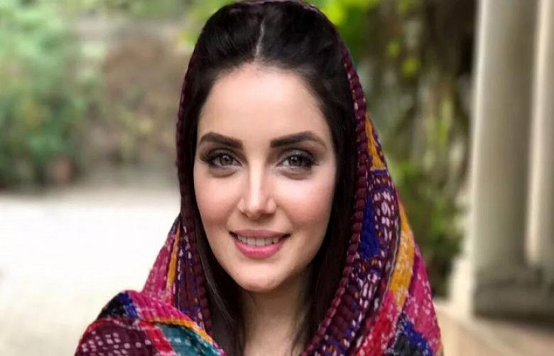 Armeena Khan calls for action against cyberbullying