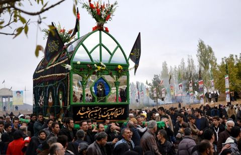 Political Leadership Pays Homage To Karbala Martyrs