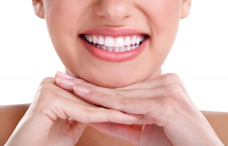 7 Simple Ways To Naturally Whiten Your Teeth At Home Such Tv