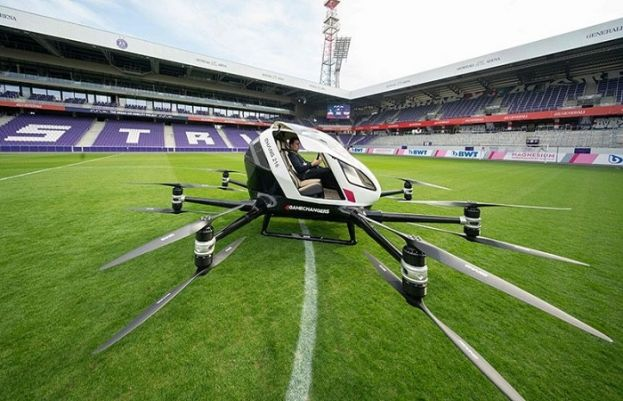 Hover-taxi whizzes over Singapore, firm eyes Asian push