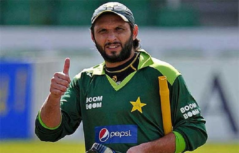 Sindh government assures Shahid Afridi to grant land for cricket academy