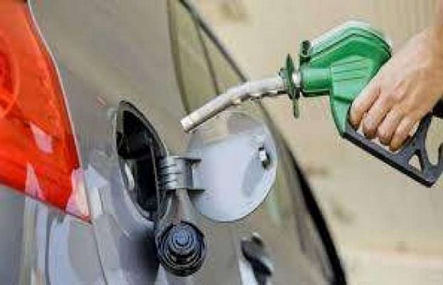 PM Imran Khan rejects OGRA's recommendation to hike petrol price