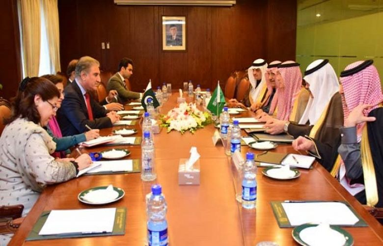 Saudi State Minister for Foreign Affairs Adel al-Jubeir called on Foreign Minister Shah Mahmood