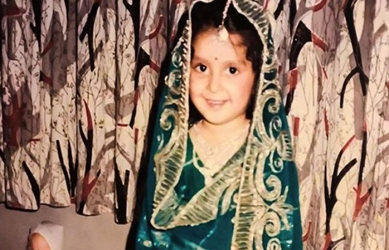 Ayeza Khan's cute childhood photo wins hearts