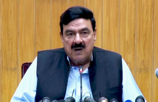 Special visas for Chinese nationals working on CPEC projects approved: Sheikh Rasheed