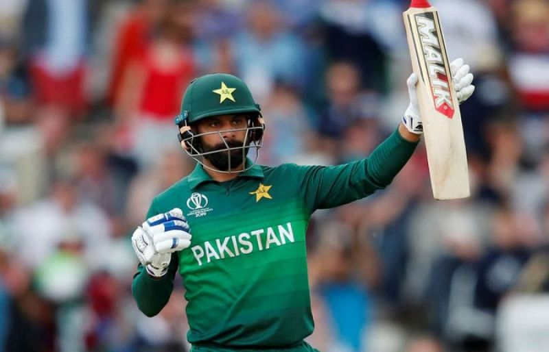 Pakistan's Mohammad Hafeez becomes leading T20I run-scorer in 2020