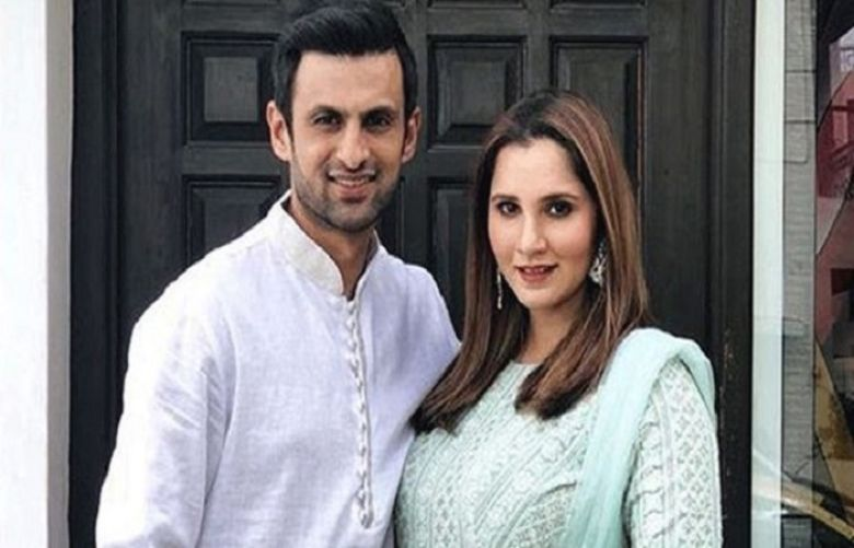Former Pakistani cricketer Shoaib Malik and Indian tennis star Sania Mirza