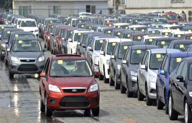 Pakistan's car sales jump 31%, says Asad Umar