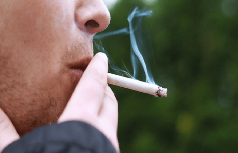 Smoking ban in public housing might make quitting easier