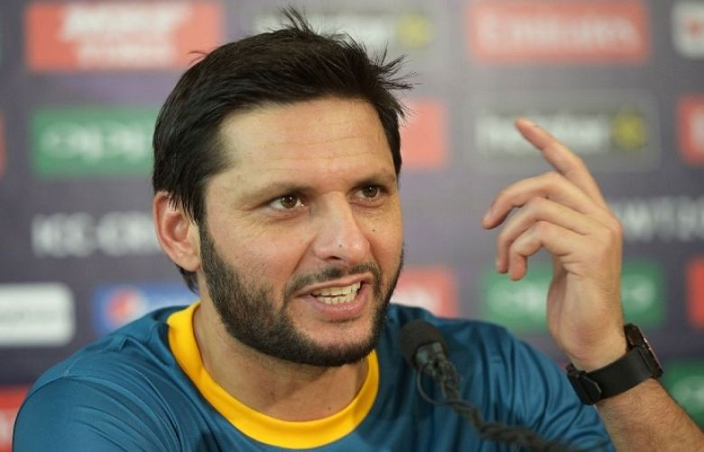 Shahid Afridi responds to viral 'naswar' video