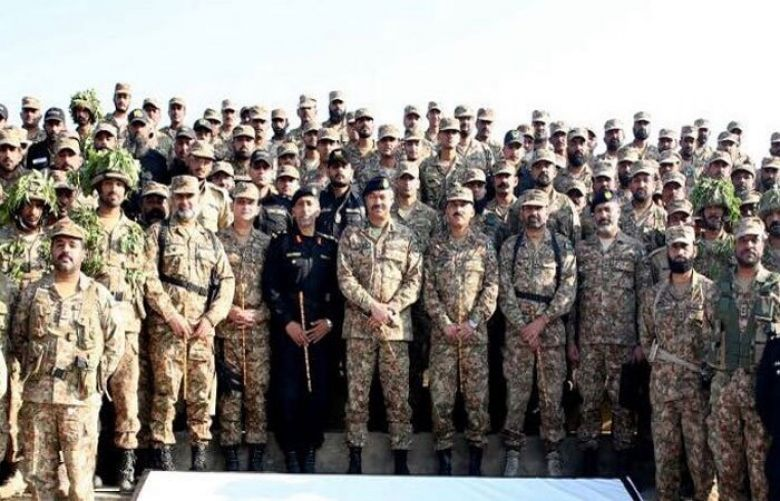 Corps Commander Lahore Lieutenant General Amir Riaz on Thursday inspected military exercise held at Tilla Jogian near Jhelum