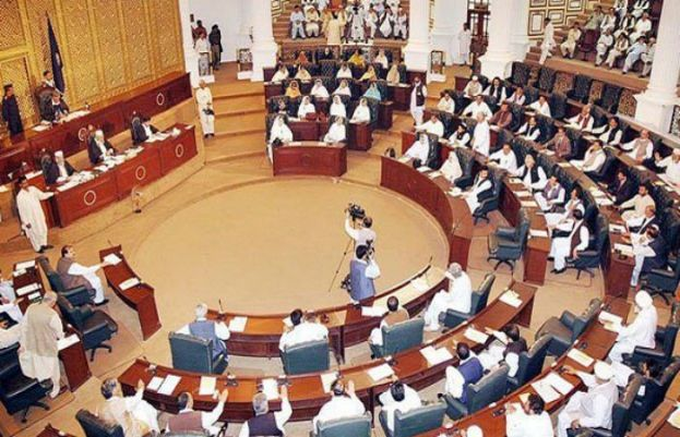 Finance Minister KPK presents eight-month budget for 2018-19