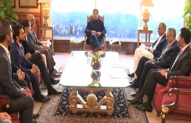 Foreign investors call on PM Imran Khan