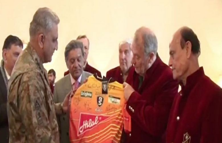 COAS meets international hockey players