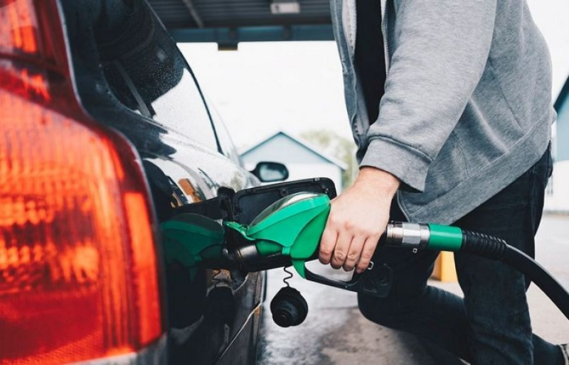 Decreases in fuel price across Pakistan is recommended by ...