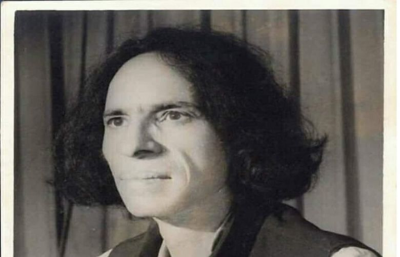 Jaun Elia's 16th death anniversary observe Today
