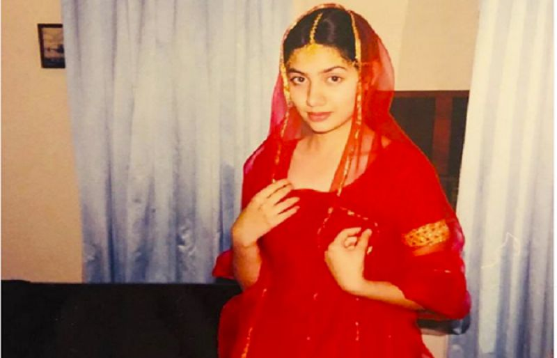 Mahira Khan's throwback picture will make your day - SUCH TV