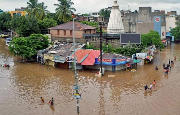 Monsoon floods in South Asia kill at least 200, displace nearly 4mn people
