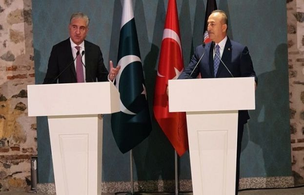Foreign Minister Shan Mahmood Qureshi and his Turkish counterpart