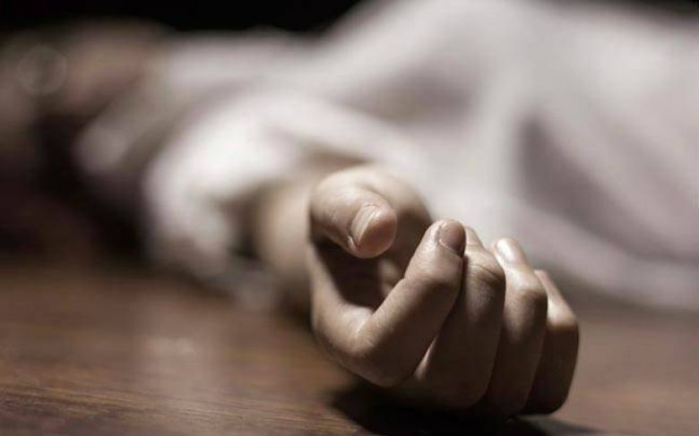 Pregnant Indian woman strangled to death by husband for not making 'round rotis'