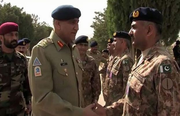 During Quetta visit, General Qamar Javed Bajwa admired army's efforts to restore peace