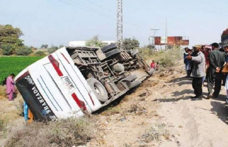 Eight people dead and forty four injured as bus overturns in Badin