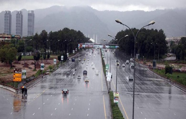 Heavy rain lashes Islamabad, Rawalpindi