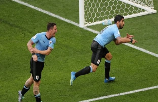 Suarez sends Uruguay into last 16 after 1-0 victory over Saudi Arabia