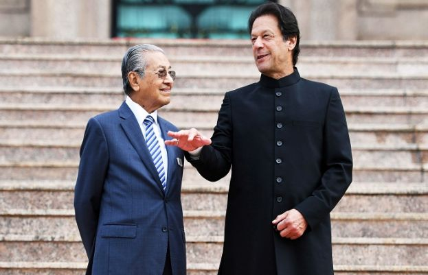 Prime Minister Imran Khan and Malaysian Prime Minister Mahathir Mohamad