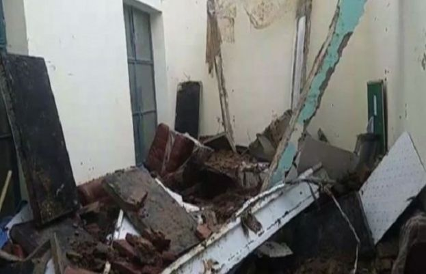 Roof collapse kills three in Jhang