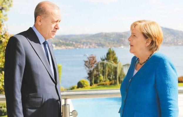 Merkel meets Erdogan, sees continuity in Germany-Turkey ties