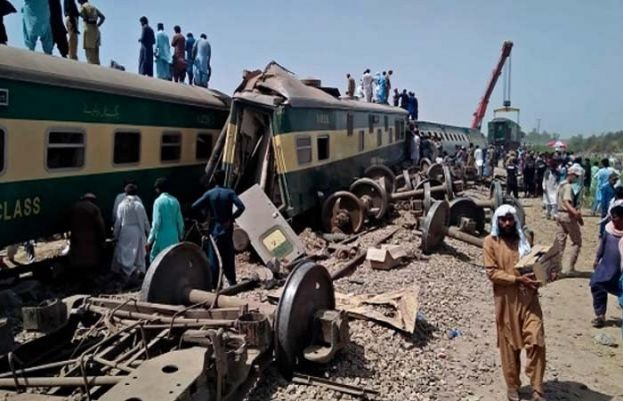 Ghotki train accident: Initial inquiry report into sent to railway minister