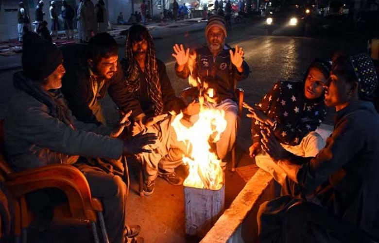 Fresh cold wave system to enter Karachi tomorrow