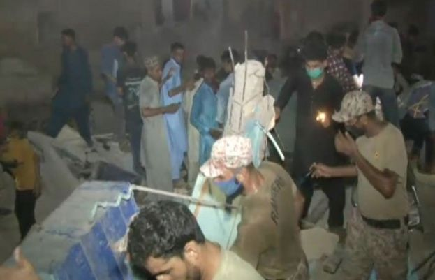 At least one dead, multiple wounded as building in Karachi's Lyari collapses