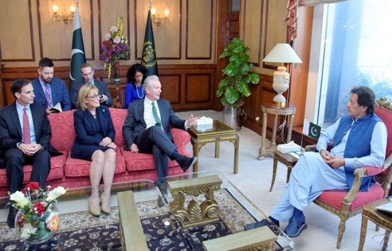 The prime minister met with US senators