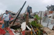 Massive  quake in Indonesia's Sulawesi kills at least seven, injures hundreds