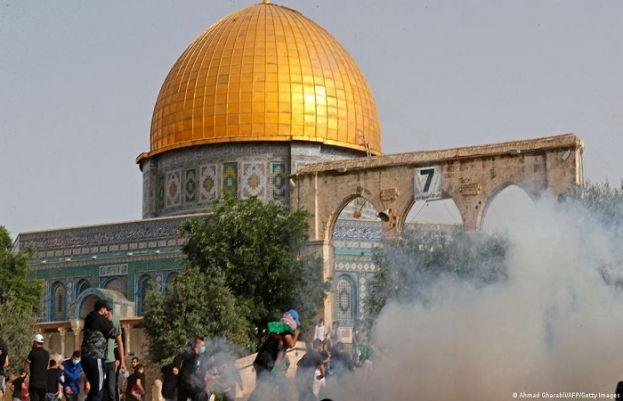 Pakistan condemns Israeli attacks in Al-Aqsa Mosque
