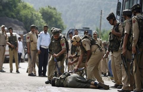 Indian troops martyr another youth in Hindwara district of IoK