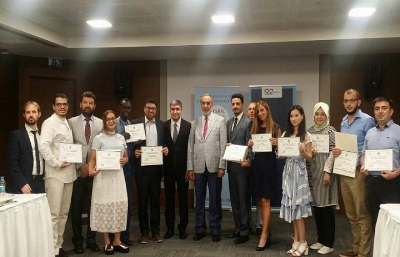 journalists from different countries receive training certificates in Ankara