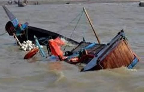 Boat capsized at river Indus