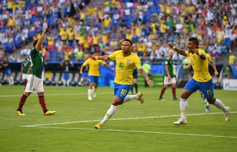 Brazil beat Mexico 2-0 in FIFA WC