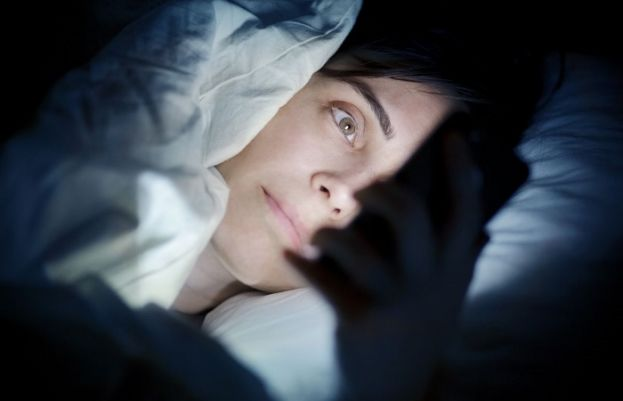 Light exposure during sleep linked to weight gain in women
