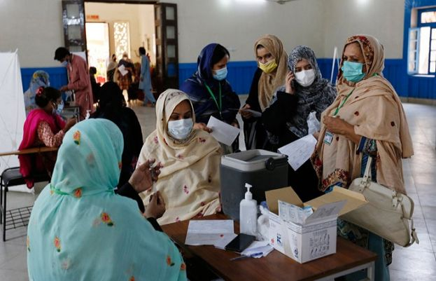 Pakistan records 2,714 fresh corona cases in 24 hours