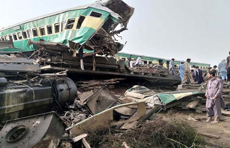Sadiqabad train accident has held the driver responsible for a passenger train accident