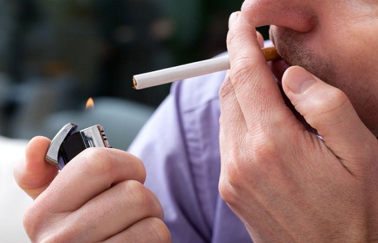 Smoking increases risk of lower back pain