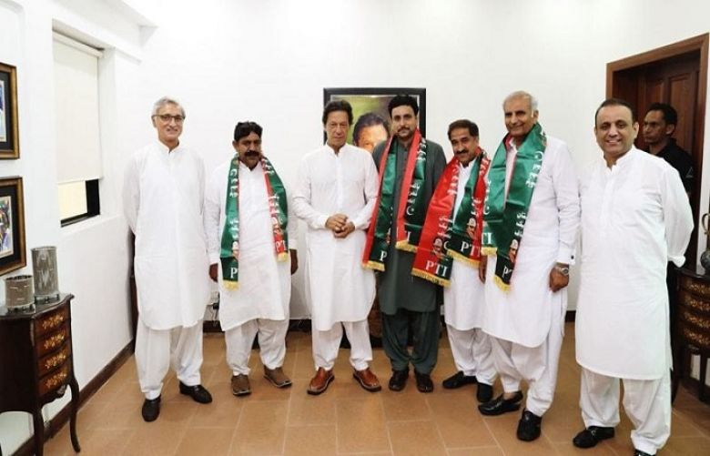 Four independent MPA's of Punjab joined PTI