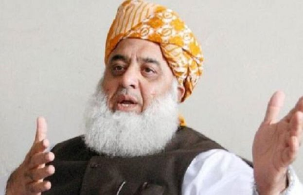 Maulana Fazl lodges protest with Bilawal for not showing his APC speech live