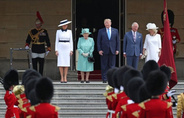 Trump meets the Queen at Buckingham Palace